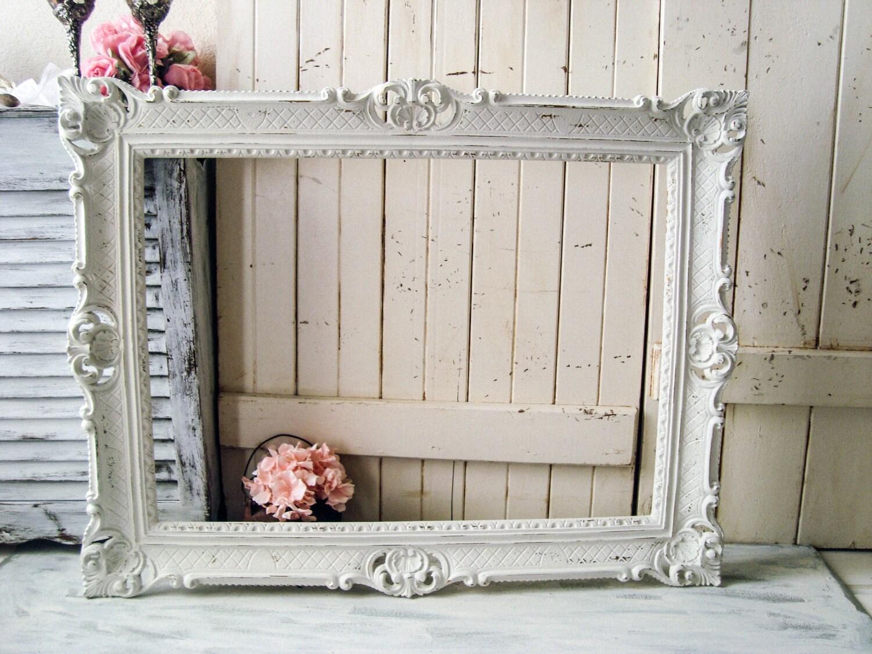 Marco Vintage adornado de blanco, blanco de gran casa de campo ...
