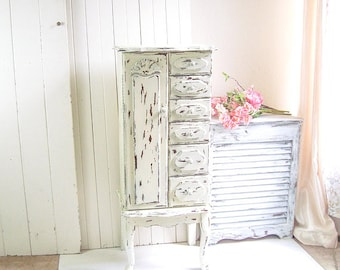 Large Jewelry Armoire, Rustic Cream Jewelry Cabinet, Vintage Jewelry Box, Farmhouse Chippy Antique Cream Jewelry Cabinet, Gift Ideas