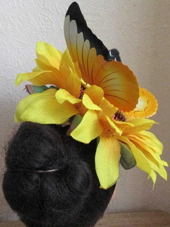 Chapeau de mariage grand tournesol Extra excentrique. Chapeau bibi pour mariée papillon coccinelle. Courses d'Ascot croisière mariage vacances.