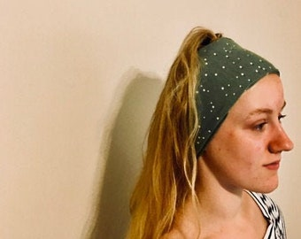 Hairband, headband, buff, head-scarf-look, organic green and white polka dot design fabric, bandana style, running / yoga headband