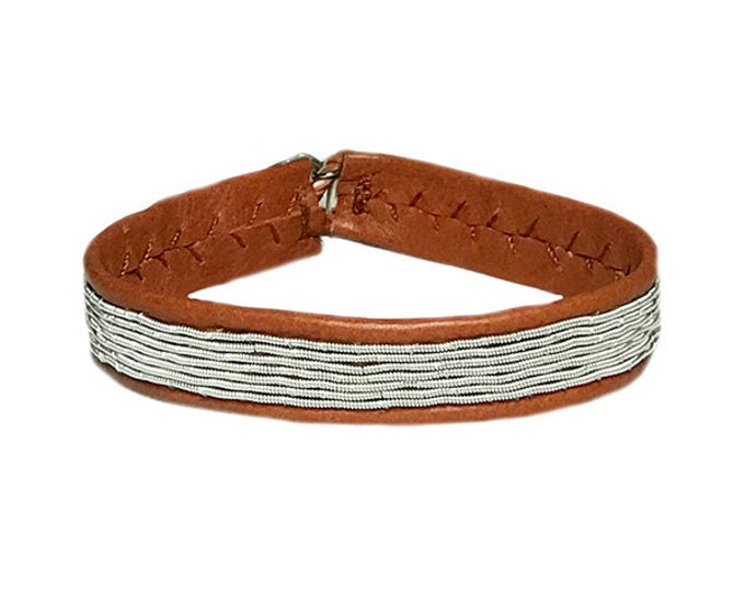 No. 1127 Thin: Sami Bracelet of pewter thread and reindeer leather.