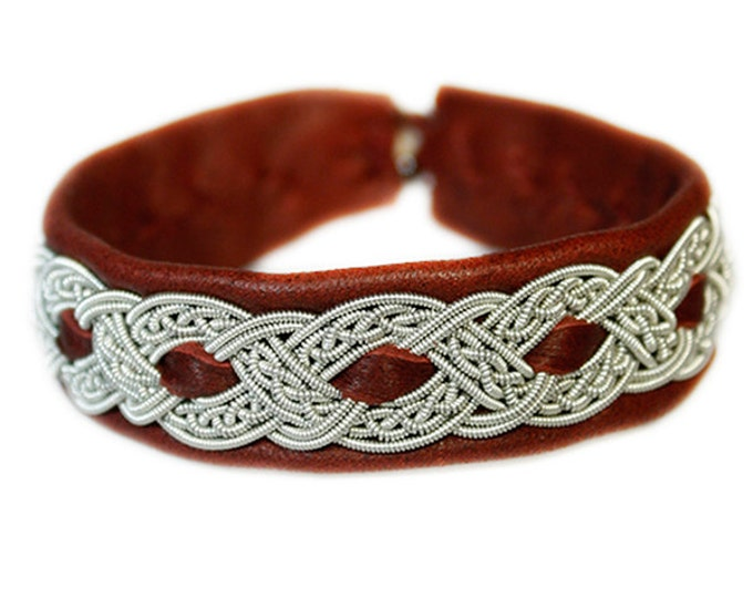 No. 1042: Sami Bracelet of pewter thread and reindeer leather.