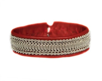 No. 1026: Sami Bracelet of pewter thread and reindeer leather.