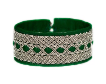 No. 1059: Sami Bracelet of pewter thread and reindeer leather.