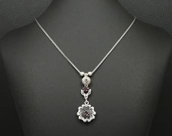 72962b5296a9 Natural Garnet Necklace Victorian Flower Style 925 Sterling Silver Greek  Handmade Art Unique