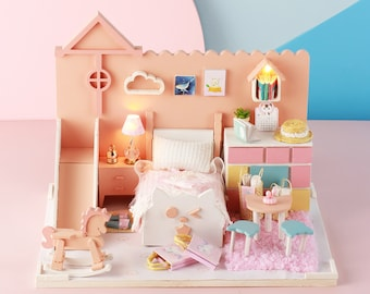 1: 24 DIY Miniature Dollhouse Kit Cartoon Cat Theme Pink Bedroom Mia's Cat House with Light and Music Box Model Making Craft Supply Gift