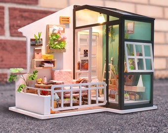 1: 24 Miniature Dollhouse DIY Kit Daydreaming Balcony with Light Handcraft Project Model Mini Sunroof House Gift Home Decor Scene Robotime