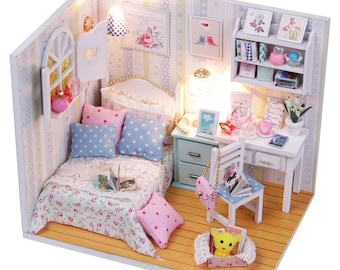 1:24 Miniature Dollhouse Room DIY Kit Gorgeous Dawn Bedroom with Light HDM02 House Model Building Kit