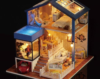 1: 24 DIY Miniature Dollhouse Kit Seattle House with Swimming Pool Cello Piano Convertible Car Cute Room with Light and Music Box