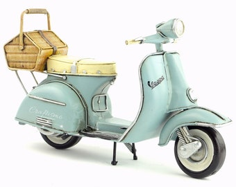 1/8 Retro Style Miniature Baby Blue 1955 Vespa Motorcycle with Rear Basket Hand Made Toy for Blythe  BJD Doll Prop Decor Gift for Girl