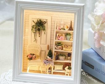 1: 24 DIY Miniature Dollhouse Kit Sunshine Zakka Room Shabby Chic Scenery Hanging Miniature Scene Box Frame with Lights White