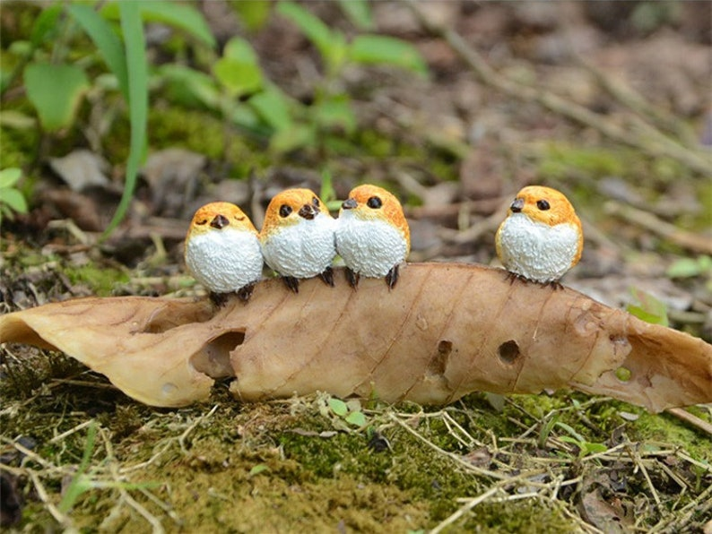 Four Birds on Fallen Leaf Fairy Garden Terrarium Accessories Miniature Woodland Accessory Decoration