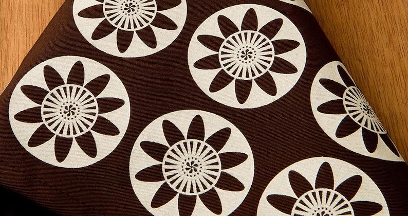 18 x 18 Inch Set of Four Garden Brown Napkins Passion Flower Modern Cloth Floral Dinner Napkins Scandinavian Eco Friendly