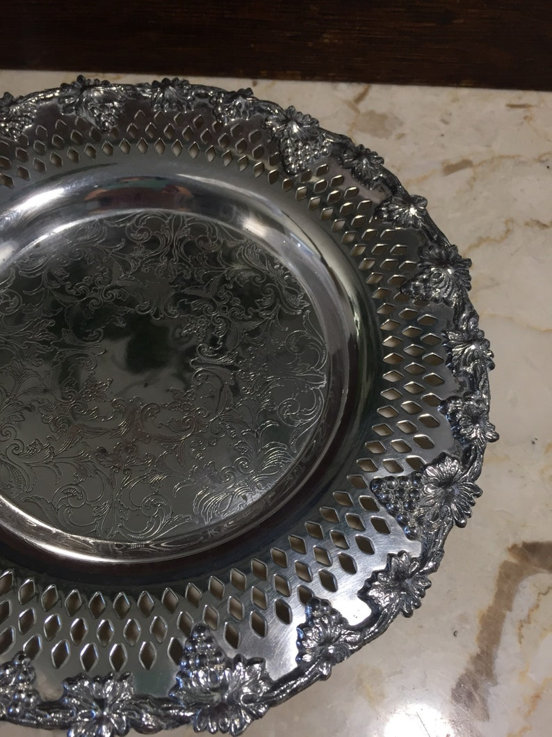 Formal Dining Table Decor Silver Plated Dish Wm A Rogers Old English Reproduction 6112 Silver Vanity Dish Dresser Decor Catch all