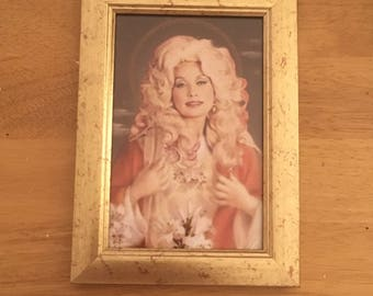 """Dolly Parton kitsch print in a gold 6x4"""" frame"""