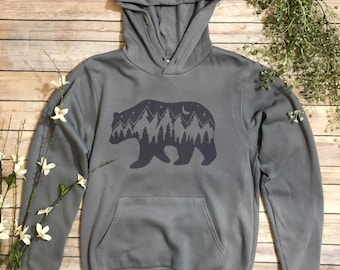 Mountains Pullover, Bear Pullover, Hiker Sweatshirt, Hiking Clothes, Gift for Outdoor Lover, Camping Pullover, Camping Sweatshirt