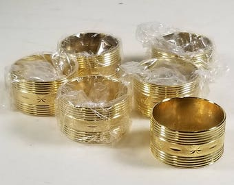 Set of 6 Vintage Gold Tone Napkin Rings Textured Star Pattern
