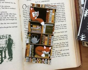 bookshelf fox bookmark