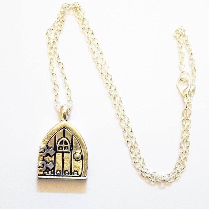 Super Cute Fairy Door Design Silver Plated 18inch Locket Necklace