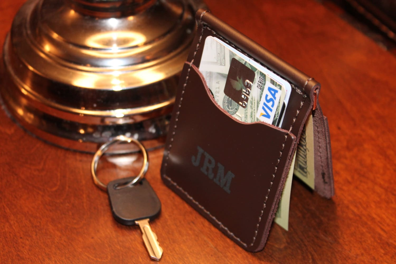 Compact Wire Moneyclip Wallet with two Credit Card pockets