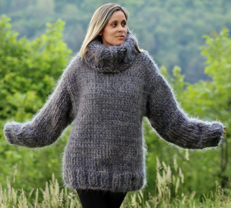 Clothing, Shoes & Accessories 10 Strands Black Gray Hand Knit Mohair Sweater Fuzzy Turtleneck By Extravagantza High Quality Materials Sweaters