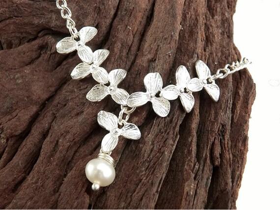 Armband Orchidee mit Süsswasserperle, silberne Blumen Armband, Süsswasserperle Armband, Brautjungfer Geschenk, Geschenk Hochzeit