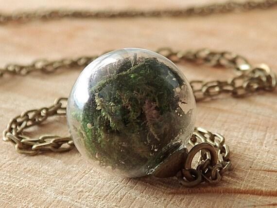 Moos und Erde Kette, Glaskugel, Echte Blüten, Mini Terrarium