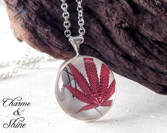 Cabochon Necklace, Autumn Leaf Necklace, Glass Dome Jewelry, Nature Lovers Gift, Photo Jewelry, Sister Gift, minimalist
