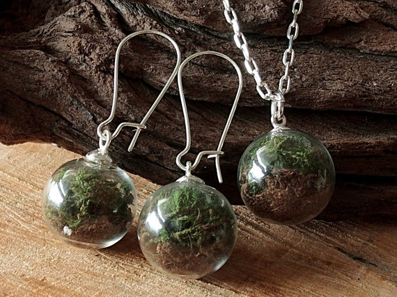 Moos und Erde Set, Silber, Kette und Ohrringe, Terrarium Schmuckset, Glaskugel, Echte Blüten