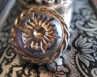 Star Burst and Twisting Braid Czech Glass 18mm Button