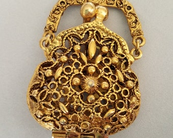 743f0c486 Ornate Filigree Purse Locket Pendant Signed ART Gold Tone Chatelaine