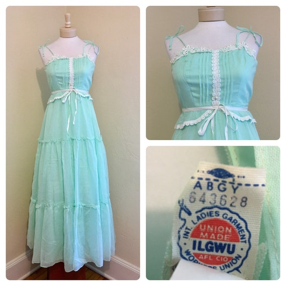 Vintage 1970s 60's UNION MADE Mint Green White Pea