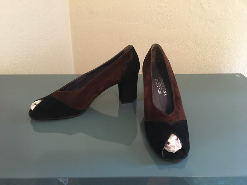 41139fccaf62f Vintage 1960's Florentina Black & Brown Suede Peep Toe Heels! Pumps VLV  Made in Italy 8 M