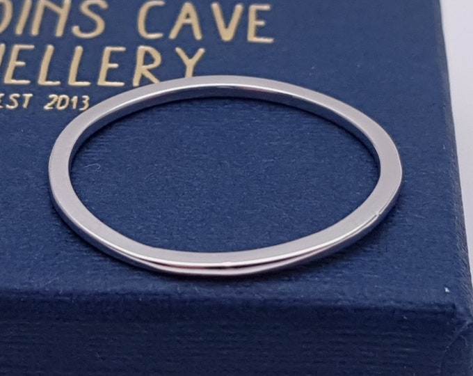 1mm wedding band available in solid gold and platinum