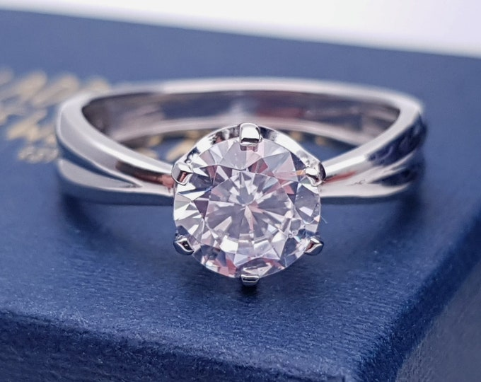 1.5ct Solid gold Moissanite solitaire ring in solid gold - engagement ring