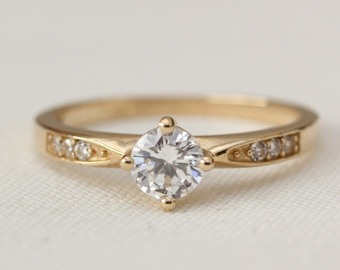 White Sapphire Solid gold solitaire ring available in 10K, 14K, 18K Rose, yellow or white gold - engagement ring