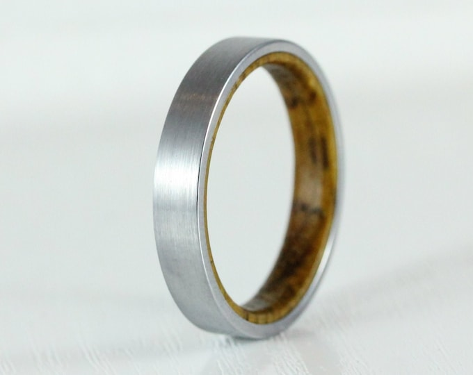 4mm Titanium & Whiskey barrel wood Wedding ring band for men and women
