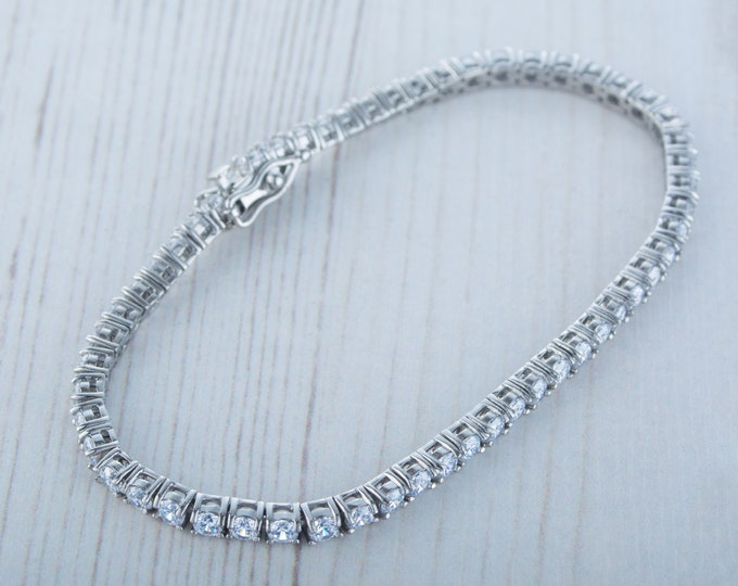 3mm PURE TITANIUM tennis bracelet with man made diamonds - different lengths available