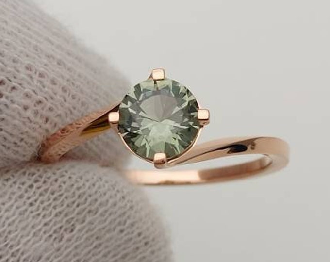 1.25ct natural green Sapphire solitaire ring available in solid gold - engagement ring