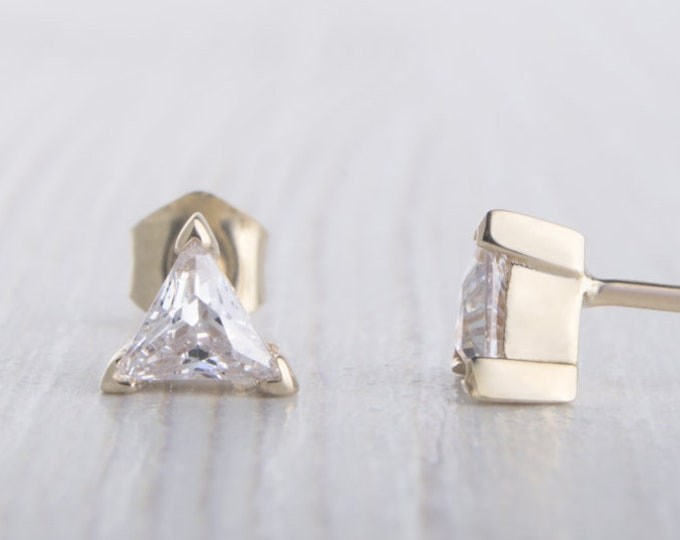 Solid Yellow Gold and Man Made Diamond Simulant stud earrings, Available in 3mm, 4mm or 5mm sizes
