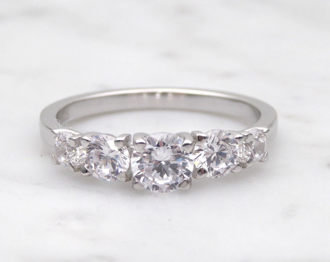 5x Moissanite Solid Gold wedding ring - stacking ring - wedding band