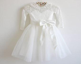 Long Sleeves Light Ivory Flower Girl Dress Lace Tulle Flower Girl Dress With Light Ivory Sash/Bows