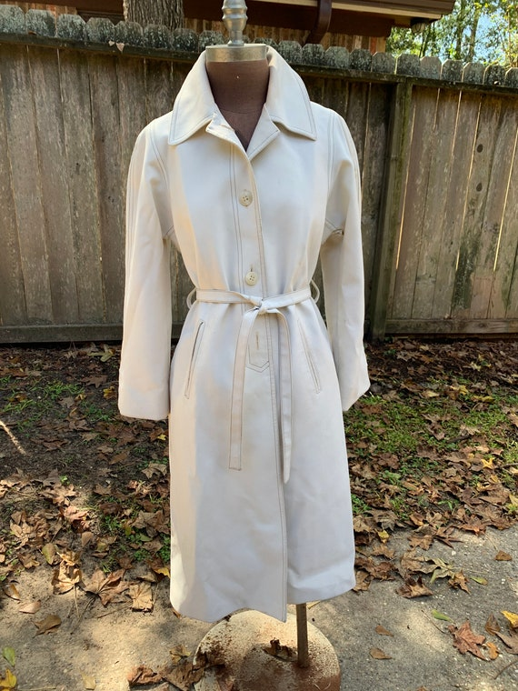 Vintage Off White London Fog Women's Trench Coat D
