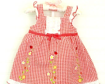 41d6b06e6e4 Vintage baby dress red and white gingham with flower and ladybug detailing