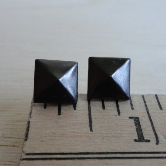2 Pairs of Pyramid Stud Earrings in your Choice of Color and Size