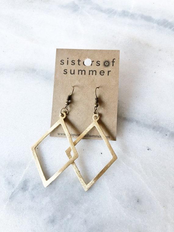 14K Gold Diamond Shaped Drop Earrings