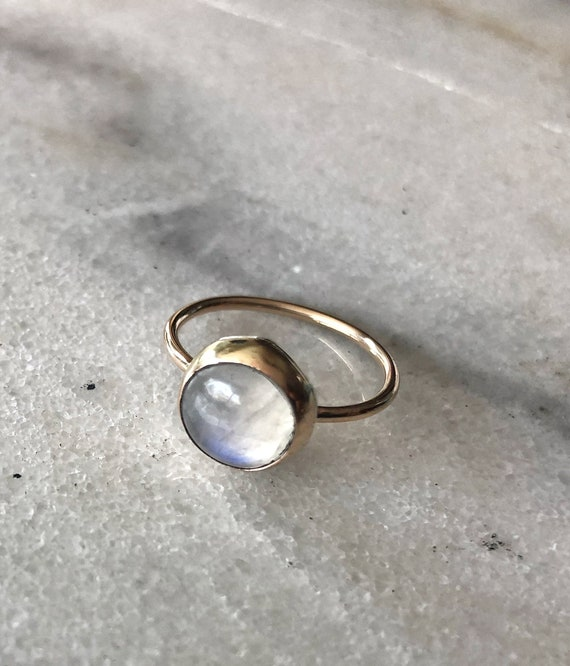 Round Moonstone Goldfilled Ring Size 6