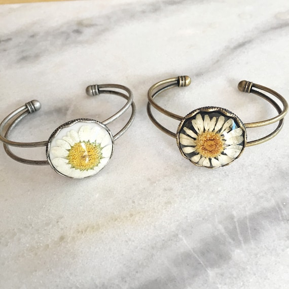 Daisy Real Pressed Flower Cuff Bracelet