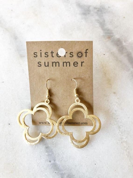 14K Gold Flower Shaped Drop Earrings