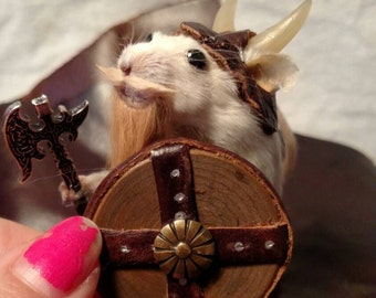 Viking taxidermy Mouse